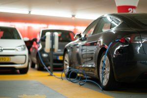 Driving us quickly towards 100% EV adoption. (Image: Unsplash)