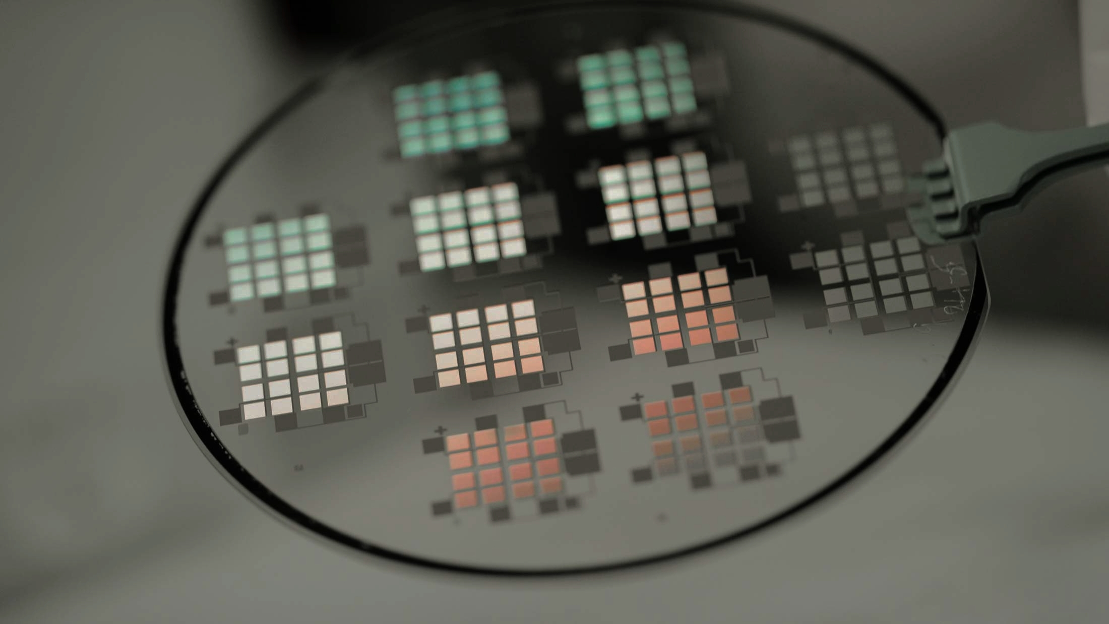 A new type of approach to building solar panels. (Image: NovaSolix)